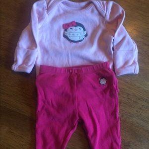 Pink Gymboree penguin outfit 0-3m